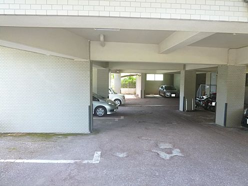 マンション(建物一部)-八王子市長房町 駐車場