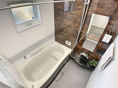 新築一戸建て-西尾市吉良町木田祐言 浴室乾燥機付きで雨の日でも気にせずお洗濯できます。
