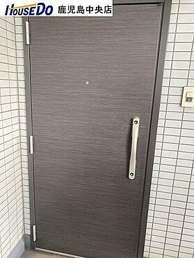 マンション(建物一部)-鹿児島市甲突町 玄関ドアです。