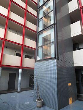 マンション(建物一部)-久留米市津福今町 中庭にエレベーター有。