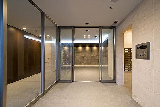 マンション(建物一部)-大阪市浪速区日本橋3丁目 ラグジュアリーな印象のエントランス