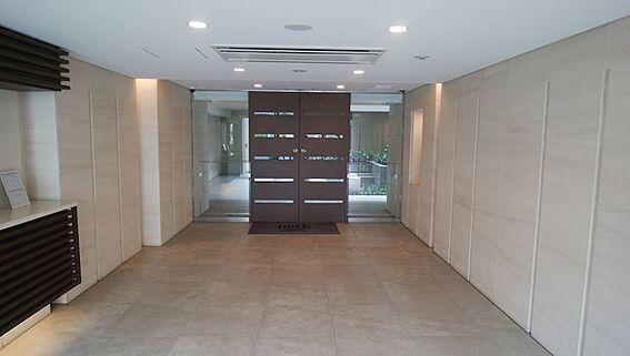 中古マンション-中央区築地7丁目 メインエントランス