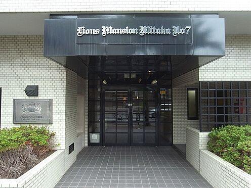 マンション(建物一部)-三鷹市下連雀3丁目 エントランス入口付近の様子