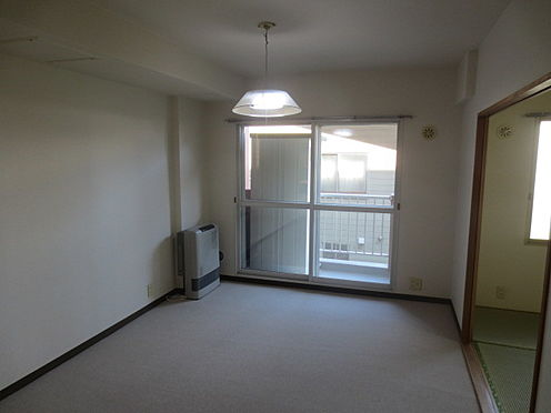 マンション(建物一部)-札幌市白石区栄通9丁目 居間