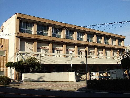 中古マンション-名古屋市名東区植園町1丁目 名古屋市立西山小学校まで700m 徒歩9分