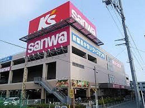中古マンション-横浜市鶴見区市場上町 ケーズデンキ横浜鶴見店 徒歩10分。 760m