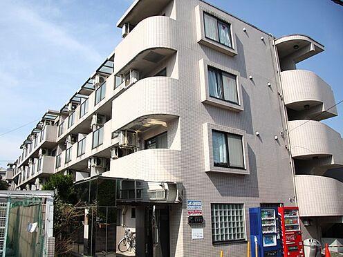 マンション(建物一部)-川崎市高津区向ケ丘 白を基調とした、キレイな外観です。