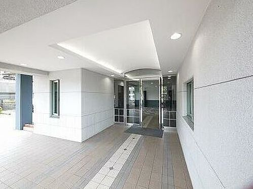 区分マンション-北九州市小倉南区企救丘2丁目 玄関