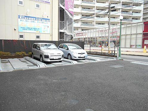 マンション(建物一部)-志木市本町5丁目 敷地内駐車場の様子