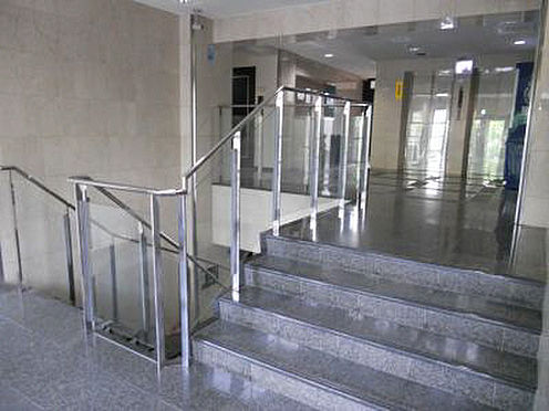 マンション(建物一部)-京都市下京区梅湊町 清潔感のあるエントランス