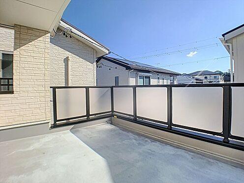 中古一戸建て-名古屋市守山区鳥羽見3丁目 広々としたバルコニー。屋外水栓が付いている為、お子様のプールなどの水遊びもできそうです♪