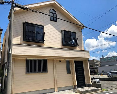 戸建賃貸-名古屋市中村区下中村町3丁目 間口約7.9mで駐車もしやすい広さ