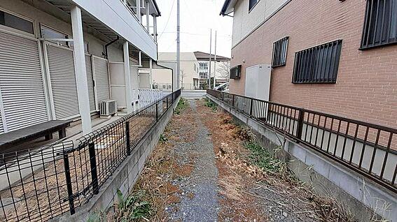 土地-東松山市大字高坂 東側出入りに入ったところ