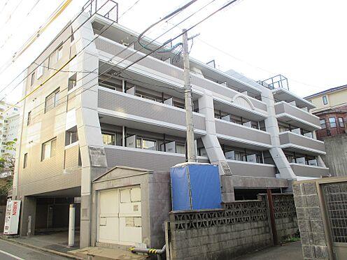 マンション(建物一部)-福岡市中央区平尾3丁目 一階が駐車場になっています。