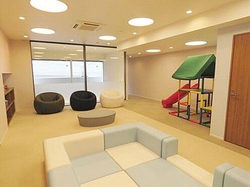 中古マンション-品川区勝島1丁目 キッズルームです。雨の日などの子供の遊び場に大変に便利です。