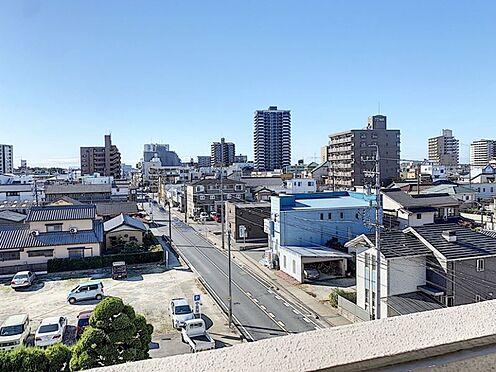 中古マンション-安城市朝日町 お部屋は5階なので眺めがよく、採光・風通しが良いです。