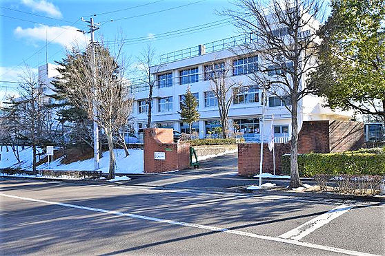 戸建賃貸-仙台市太白区太白3丁目 仙台市立太白小学校 約400m