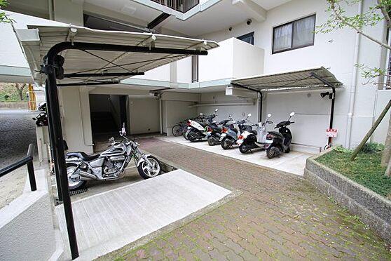 マンション(建物一部)-神戸市北区大原1丁目 バイク置場完備