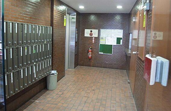 事務所(建物一部)-千代田区岩本町1丁目 「馬喰町」駅徒歩3分