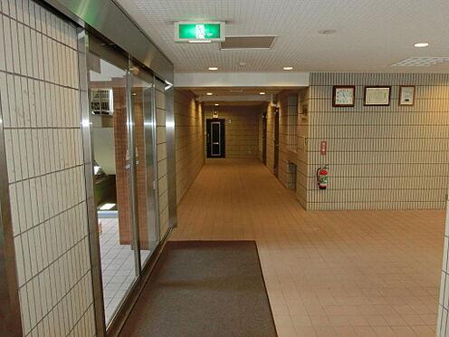 マンション(建物一部)-中央区日本橋箱崎町 エントランスホールの様子です。