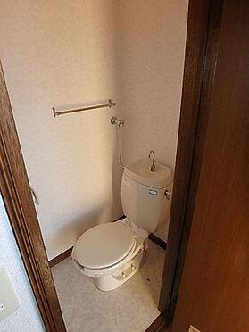 アパート-札幌市南区南沢三条4丁目 浴室とトイレは別々になっています。