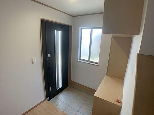 中古一戸建て-豊田市平戸橋町永和 玄関横にシューズボックスがついているので、片付いた玄関がキープできます