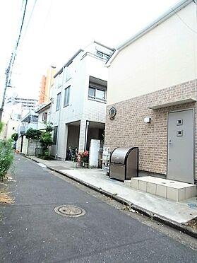 建物全部その他-新宿区中井1丁目 前面道路含む現地写真。