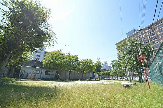 アパート-名古屋市港区港栄3丁目 ボール遊びも悠々できる公園近く生活環境も良好