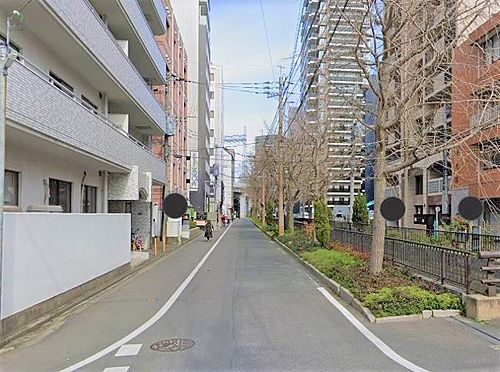 マンション(建物一部)-福岡市中央区大宮1丁目 前面道路写真。