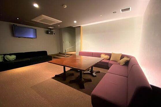 リゾートマンション-熱海市上多賀 カラオケルーム:1時間1000円・予約制です。さあ十八番をここで熱唱しましょう。