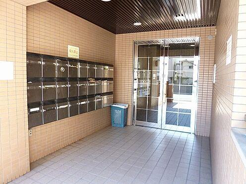 マンション(建物一部)-大阪市都島区内代町3丁目 明るい印象のエントランス