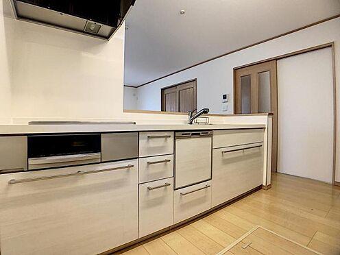 中古一戸建て-豊田市水源町3丁目 ご夫婦や親子での料理をする時間が楽しくなる、使い勝手の良いキッチンです。
