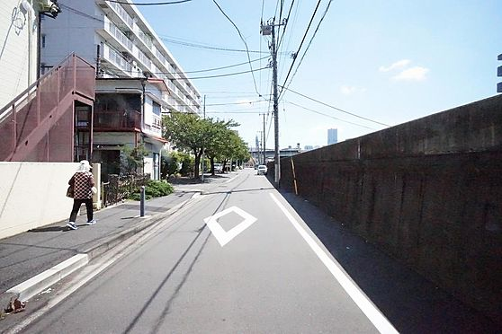 アパート-横浜市西区南浅間町 南方面前面道路