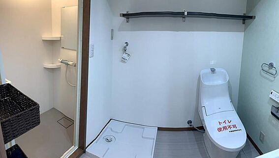 マンション(建物一部)-世田谷区上北沢4丁目 シャワールーム・トイレ別・室内洗濯機置場