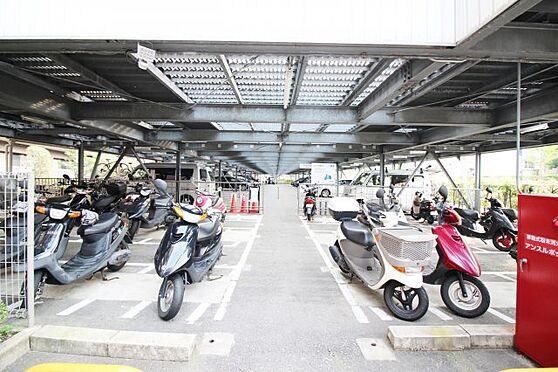 マンション(建物一部)-京都市伏見区淀美豆町 屋根付きバイク置き場あり