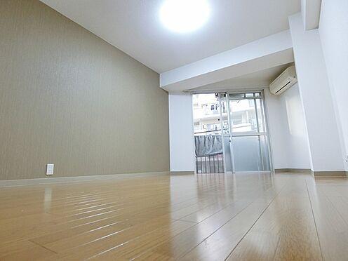 マンション(建物一部)-横浜市中区若葉町3丁目 居間