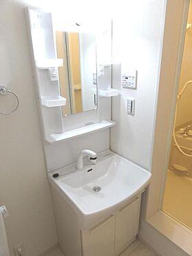 アパート-足立区伊興3丁目 独立洗面台(施工例)