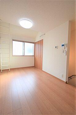 アパート-調布市国領町5丁目 室内は全室6帖以上 収納もあり広々使えます