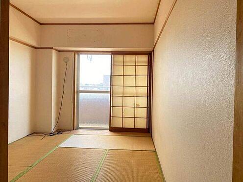 区分マンション-東海市養父町北反田 約6.0帖の和室が2部屋ございます。