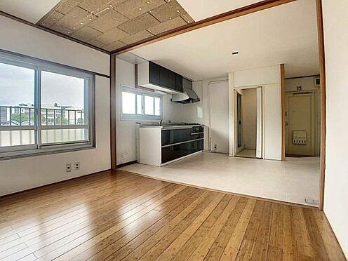 区分マンション-豊田市平和町4丁目 広々お使いいただけるLDK!窓も大きく採光、通風ばっちりです。