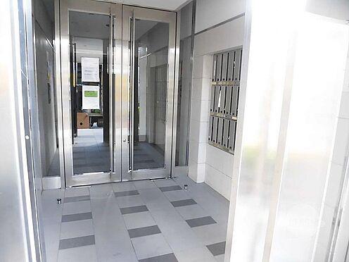 マンション(建物一部)-神戸市東灘区深江北町1丁目 キレイで清潔感のあるエントランス。
