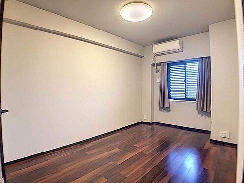 区分マンション-名古屋市東区白壁4丁目 出窓付き+WIC付きの洋室
