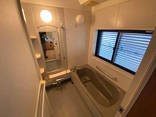 中古一戸建て-江南市曽本町幼川添 ゆったりとした浴室。