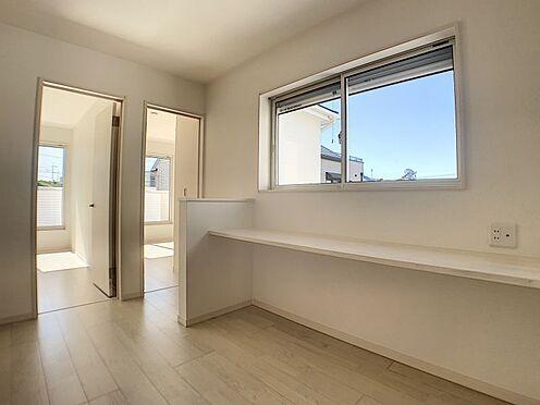 新築一戸建て-名古屋市守山区新守山 2階にはお子様が勉強できそうなフリースペースがございます。