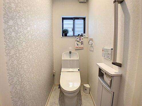 戸建賃貸-半田市亀崎高根町3丁目 各階に洗浄機能付きのトイレがございます