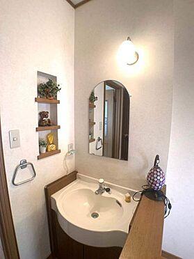 戸建賃貸-名古屋市千種区宮根台1丁目 2階にも洗面が付いているので、朝の支度も困りません!