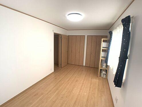 中古一戸建て-豊田市平戸橋町永和 シンプルな室内はインテリアが映えます。お好みの家具を置いて空間づくりをお楽しみください♪