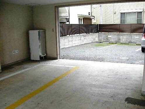 マンション(建物一部)-八王子市千人町2丁目 1階駐車場入り口