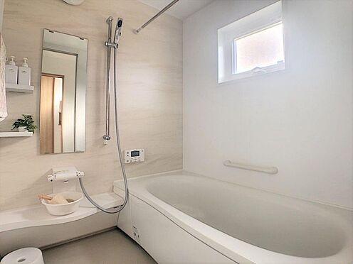 新築一戸建て-西尾市今川町石橋 浴室乾燥機付なので、雨の日も気にせずにお洗濯ができます。