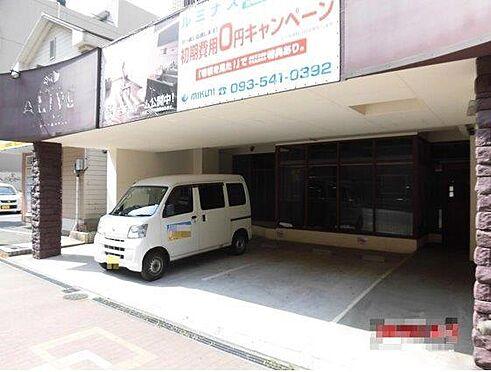 一棟マンション-北九州市小倉北区下到津4丁目 一階は店舗になっています。